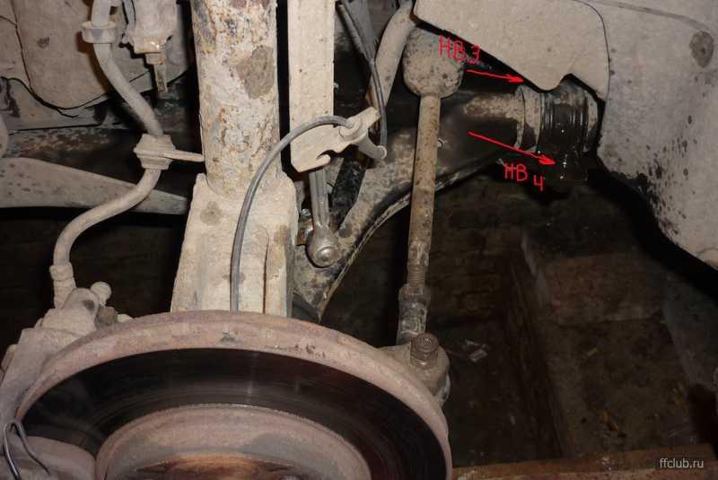 С наступлением жары при проезде неровностей на небольшой скорости начал раздаваться резиновый скрип Осмотр выявил что сайлентблоки в рулевых тягах